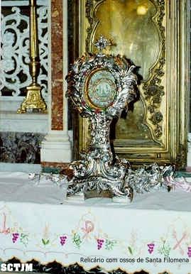 Santa Filomena  - relicário
